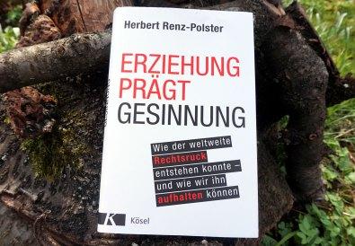 """Rezension: Buch """"Erziehung prägt Gesinnung"""" Cover"""
