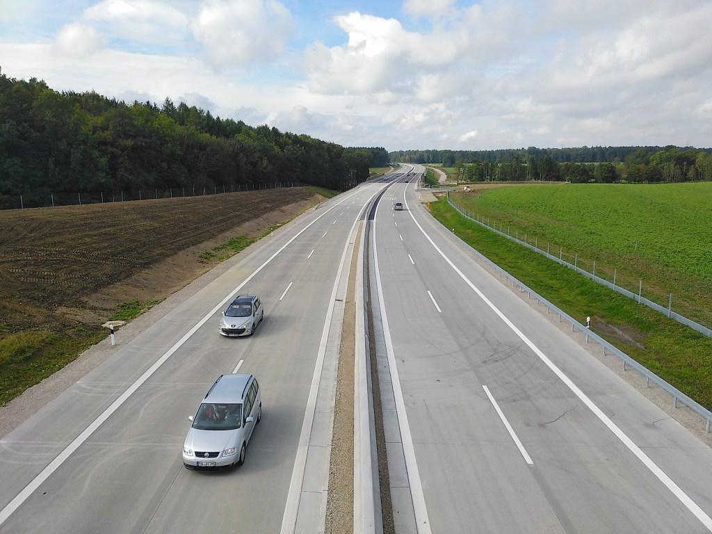 Tempolimit - ein Streitthema. Vor allem bei leeren Autobahnen.
