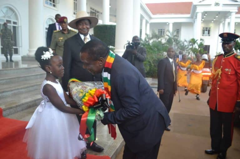 Mnangagwa arrives in Uganda: PICTURES