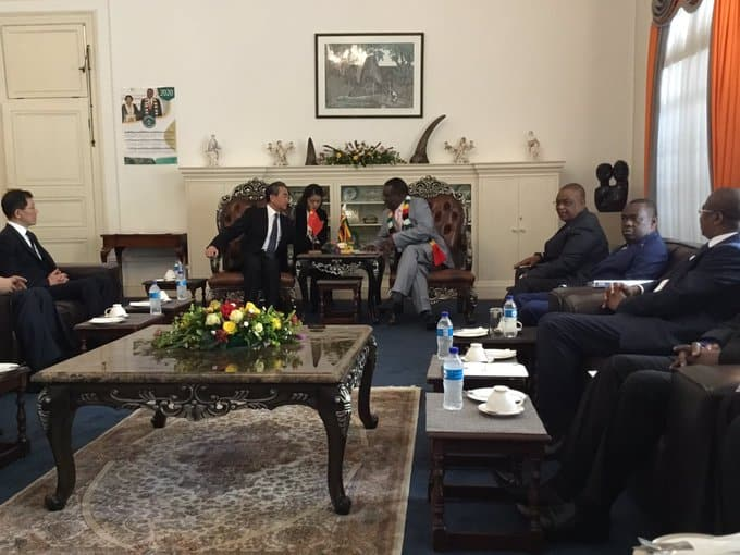 PICTURES: ED Mnangagwa meets Chinese foreign Minister, Chiwenga at State House