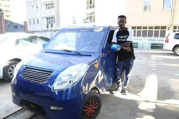"Ethiopian school boy(16) ""Ajaj Majoor""makes beautiful car with scrap metal:  PHOTOS"