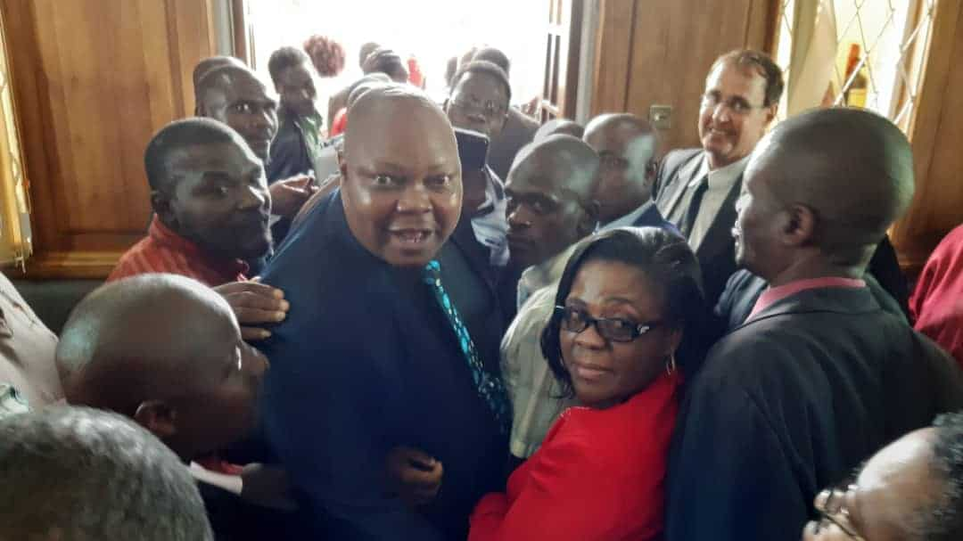 BREAKING: Job Sikhala Not Guilty… Reports say Chaos Erupt after Police throw teargas at Celebrating MDC Supporters…. PICTURES…. VIDEO