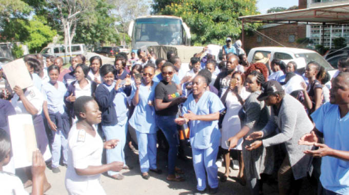 Nurses At Mpilo Demonstrate Over New 'Slavery' Shifts