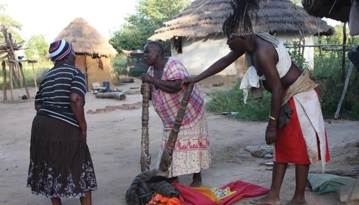 Witch-hunters (Tsikamutandas) wreck havoc in Bulilima San community