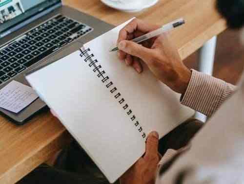 Working critical analysis writing tips
