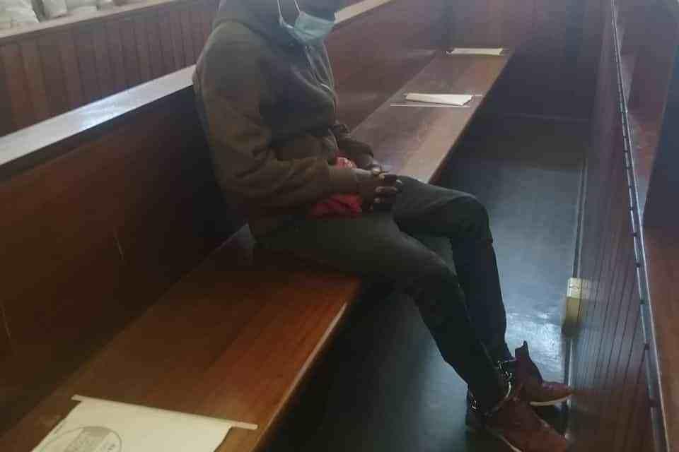 Zimbabwean Man, Nowa Makula(32) kills South African wife Nomzamo Mhlanti (42), 5 Children with axe