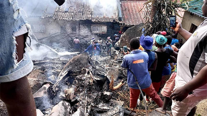 Zim Army pilots dead in chopper inferno, helicopter falls from the sky, plunges into Ruwa house… pictures