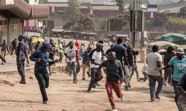 …VIDEO…Terror in Eswatini as soldiers go door to door fishing persons of interest