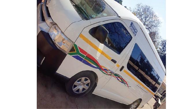 Stolen SA Toyota Quantum intercepted in Zimbabwe