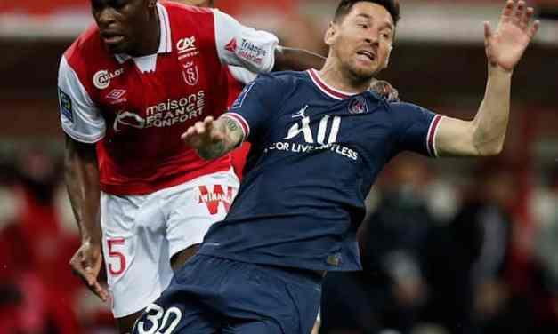 Munetsi harassed Messi on his PSG debut
