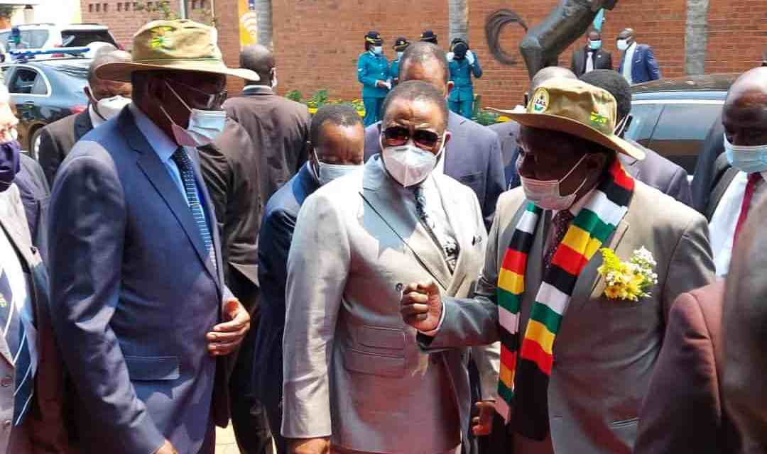President Mnangagwa arrives to open Zimbabwe Agricultural Show