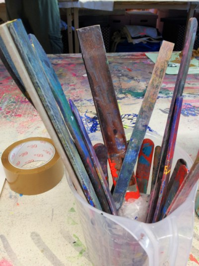 Holzspatel für den Farbauftrag