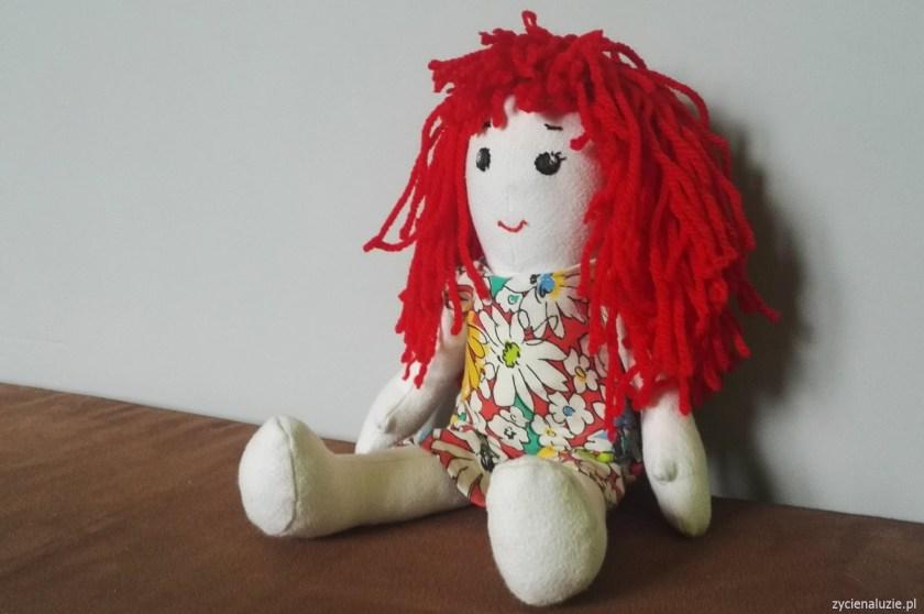 szycie - lalka