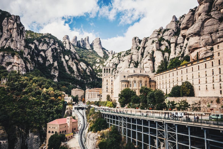 Monserrat Barcelona co zwiedzic i zobaczyć w barcelonie