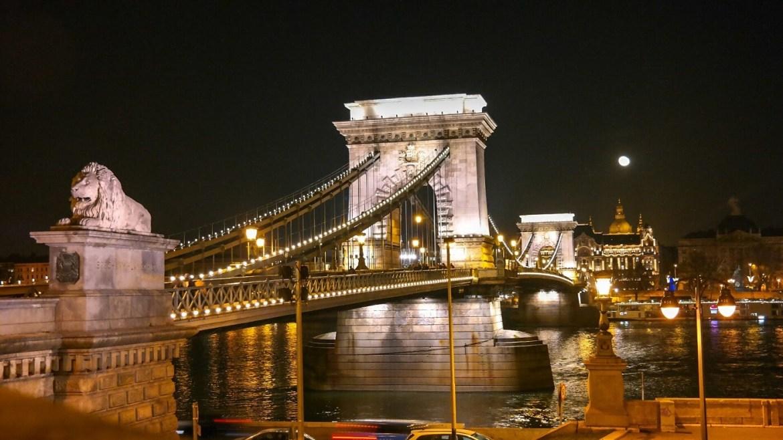 Budapeszt Co zwiedzić most zobaczyc weekend