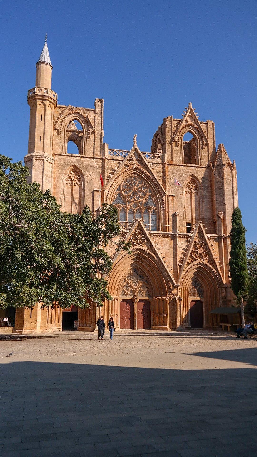 Meczet Mustafy Lali Paszy Cypr Północny turecki Famagusta co zwiedzić na cyprze zobaczyć blog