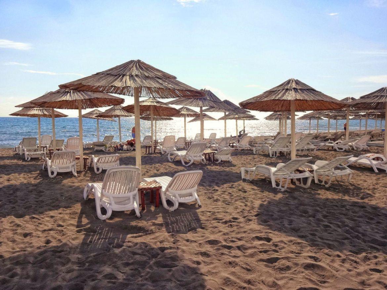 Velika Plaža ulcinj czarnogóra leżaki