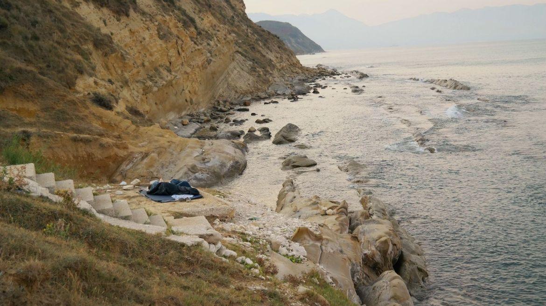 Albania wybrzeże nocleg śpiwór klif Co zobaczyć w Albanii