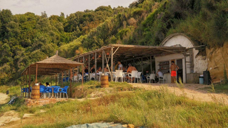 Wybrzeże Rodonit Albania Co zobaczyć w Albanii Restauracja