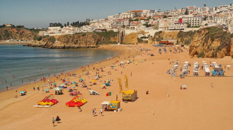 Algarve-zachodnie-Albufeira-Plaża-Portugalia
