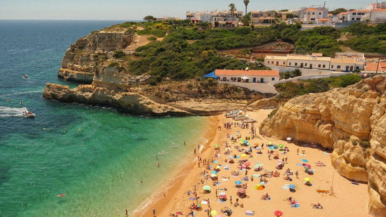 Benagil plaża Algarve zachodnie Portugalia