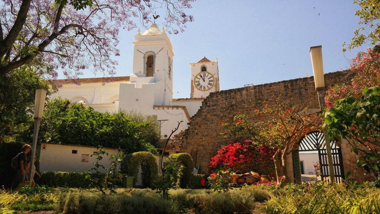 Tavira Algarve Portugalia zamek ogrody