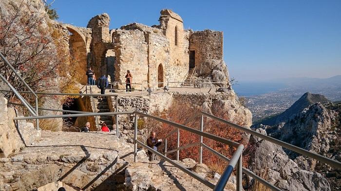 Zamek Hilariona  panorama Cypr Kirynia Hillarion Cypr północny co zwiedzic i zobaczyc na cyprze blog
