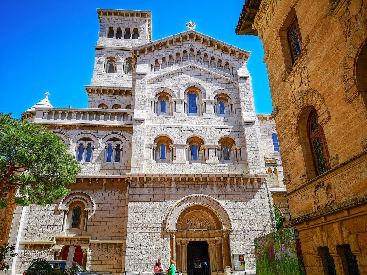 Monako co zwiedzić i zobaczyć w Monako monaco katedra św Mikołaja