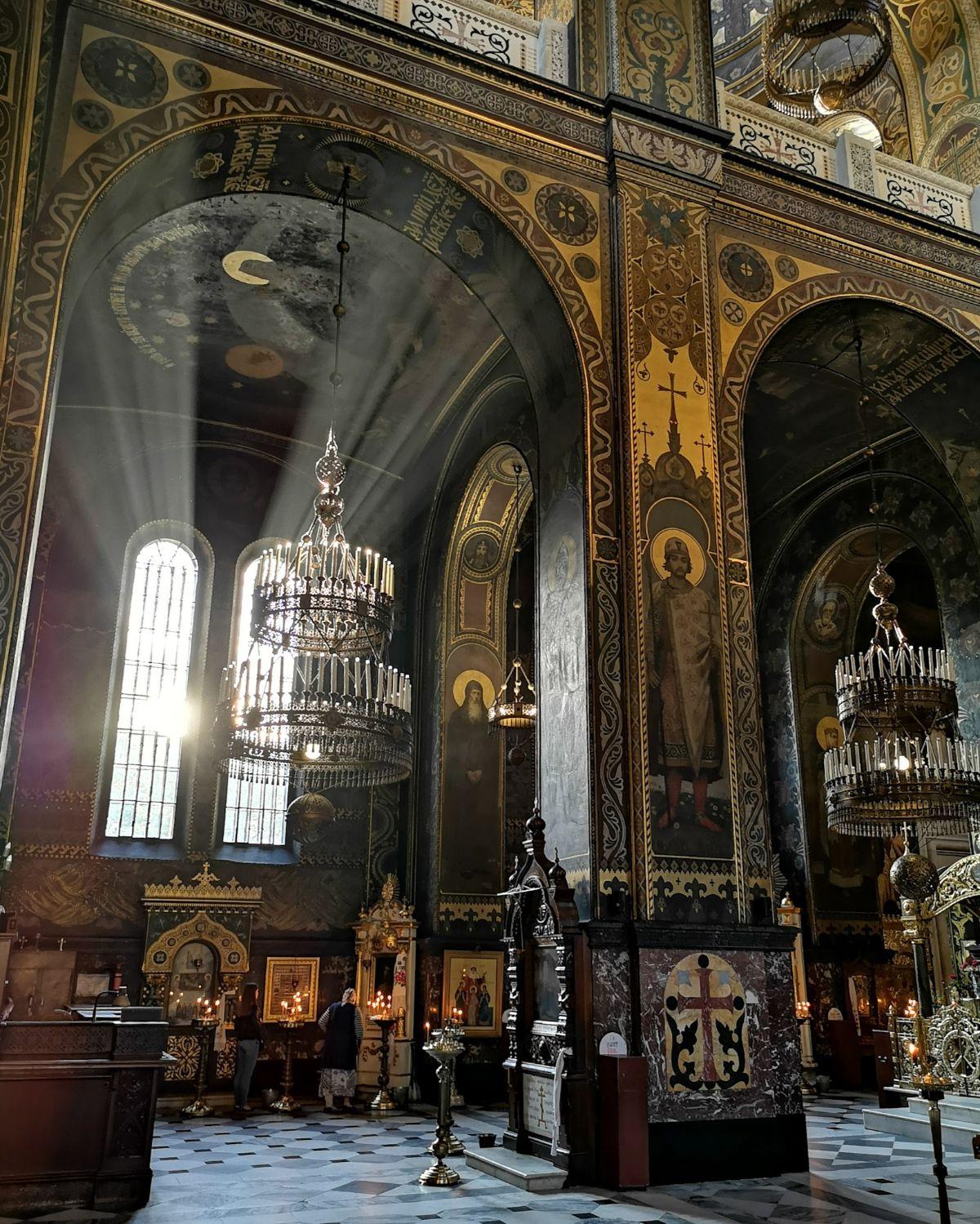 Sobór św. Włodzimierza wnętrze