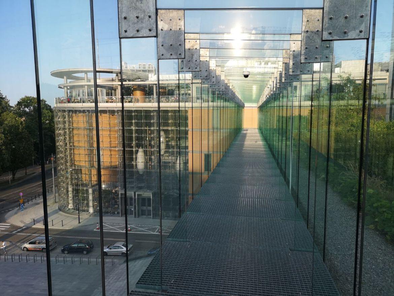 centrum spotknia kultur taras zieleń szklany korytarz weekend w lublinie co zobaczyć