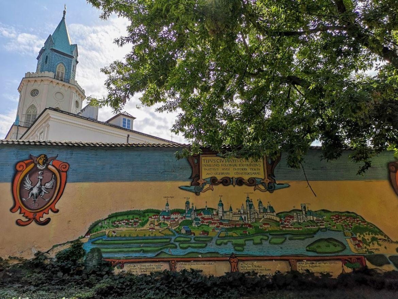 mural mapa miasta lublin wieża trynitarska