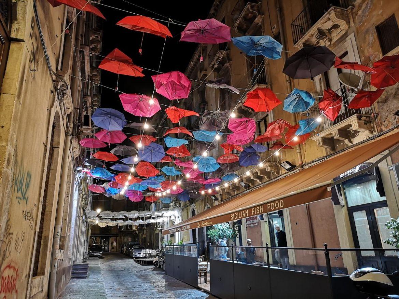 parasolki sycylia katania
