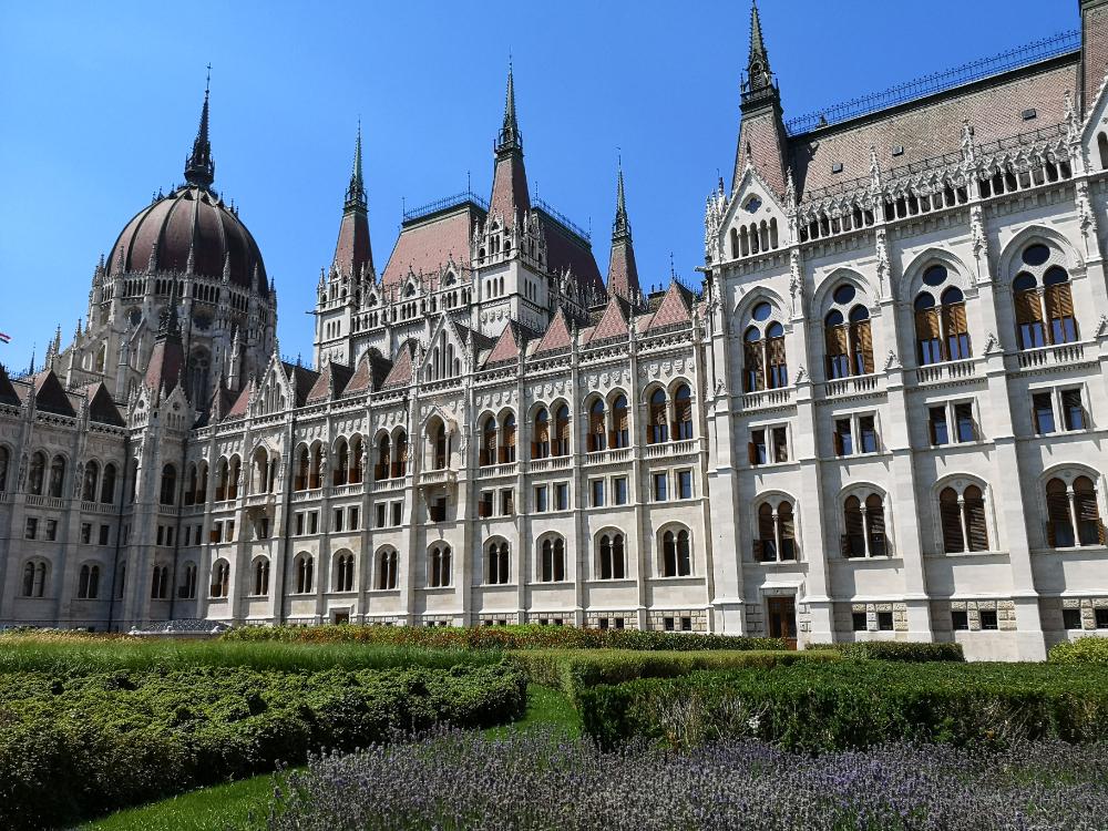 budapeszt zwiedzanie parlament zabytki urlop wyjazd podróż