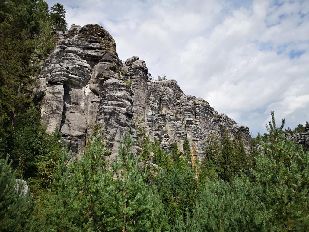 Teplice nad Metují zwiedzanie trasy szlaki co zobaczyć z dziećmi czechy gdzie wyjechać na wakacje bezpieczne kierunki