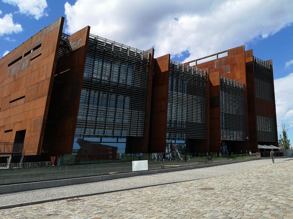europejskie centrum solidarności budynek gdańsk