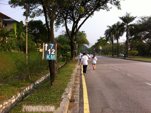 Signs put up by the organisers to indicate the 12km and 7km route