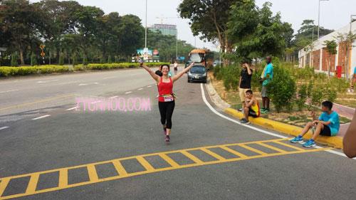 Me running towards the Finish line! Thanks Andrew for this lovely shot!