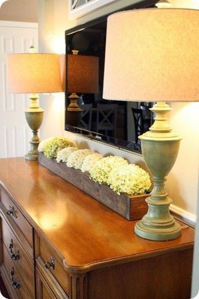 Adorable Family Dining Room Decorating Ideas 32