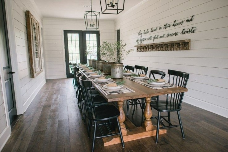 Adorable Family Dining Room Decorating Ideas 44