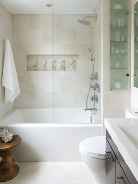 Adorable Master Bathroom Shower Remodel Ideas 33