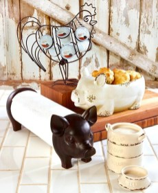 Adorable Rustic Farmhouse Kitchen Design Ideas 11
