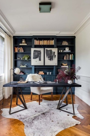 Cozy And Elegant Office Décor Ideas 39