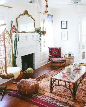 Cozy Bohemian Living Room Design Ideas 15