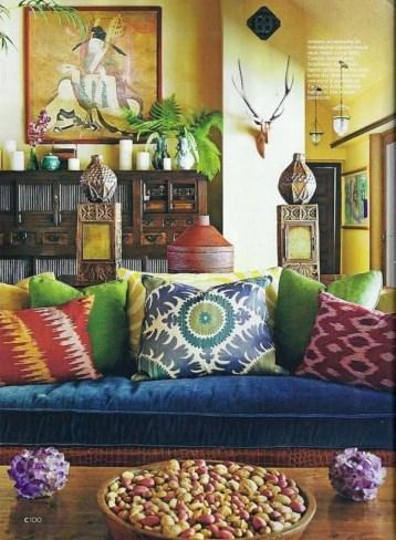 Cozy Bohemian Living Room Design Ideas 28