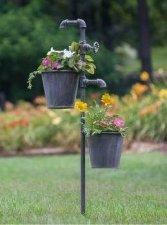 Cozy Decorative Garden Planters Design Ideas 13