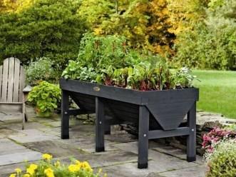 Creative DIY Patio Gardens Ideas On A Budget 04