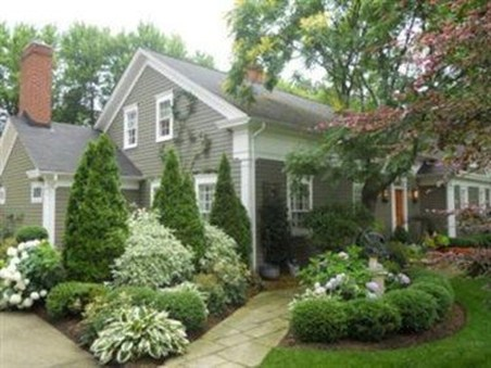 Easy And Low Maintenance Front Yard Landscaping Ideas 18