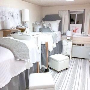 Efficient Dorm Room Organization Decor Ideas 04