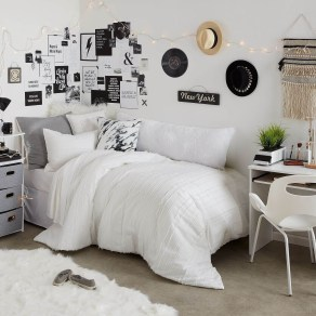 Efficient Dorm Room Organization Decor Ideas 12