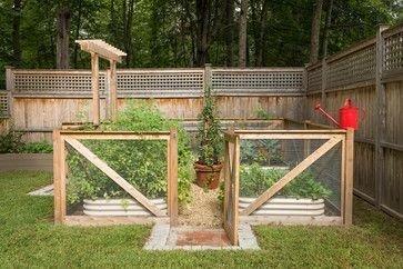 Elegant Farmhouse Garden Décor Ideas 37
